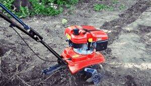 Use a Tiller to Level a Yard